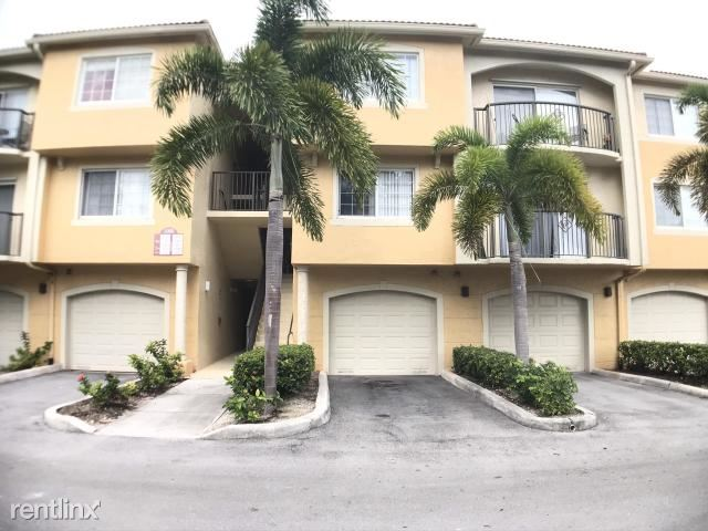 1000 Crestwood Ct S Apt 1012, Royal Palm Beach, FL - $1,450