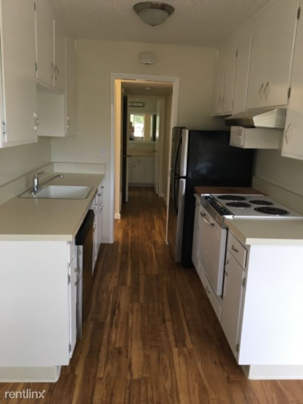 16 S Knoll Rd 128, Mill Valley, CA - $2,150