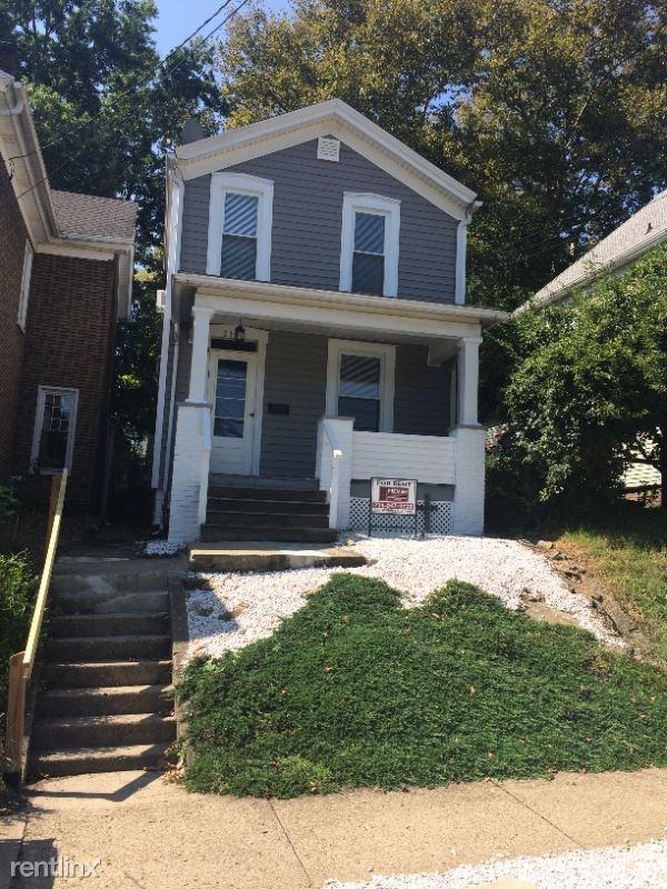 2907 4th Avenue, Beaver Falls, PA - $850