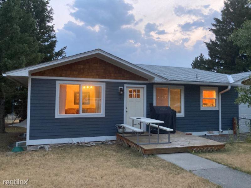 723 N 3rd St, Livingston, MT - $1,475