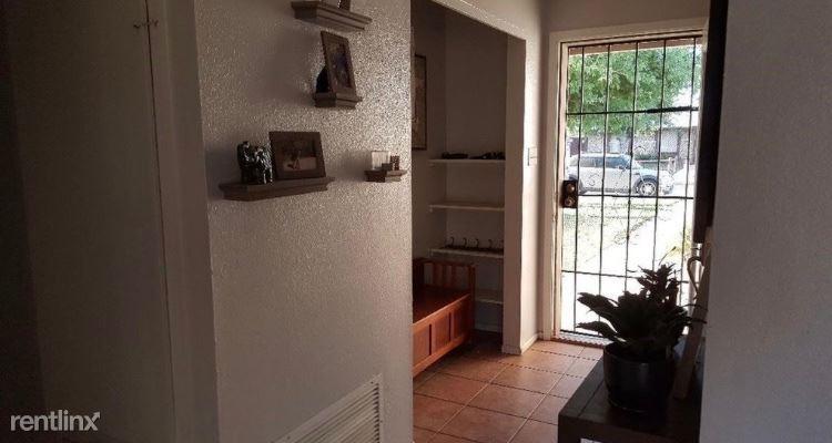 2221 W 18th St, Yuma, AZ - $1,350