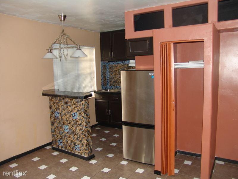 834 North 2nd Avenue, Phoenix, AZ - $795