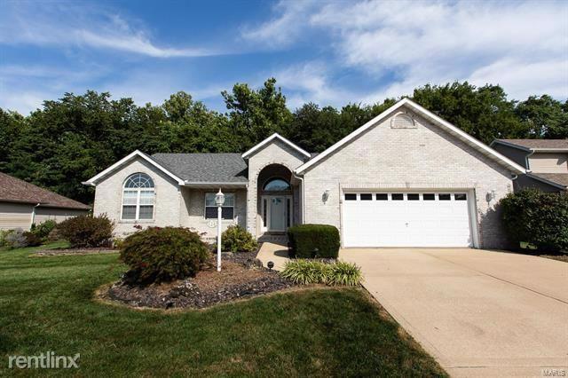 124 Kingsbrooke Blvd, Glen Carbon, IL - $2,490