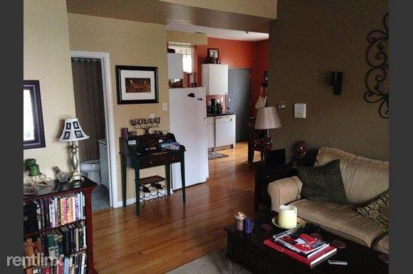2009 W Cortez St 13, Chicago, IL - $1,825