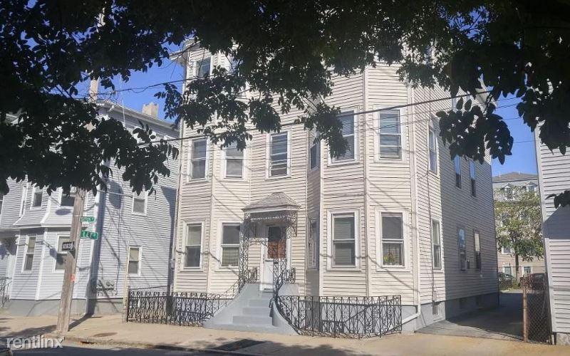 70 Sutton St 2, Providence, RI - $1,200