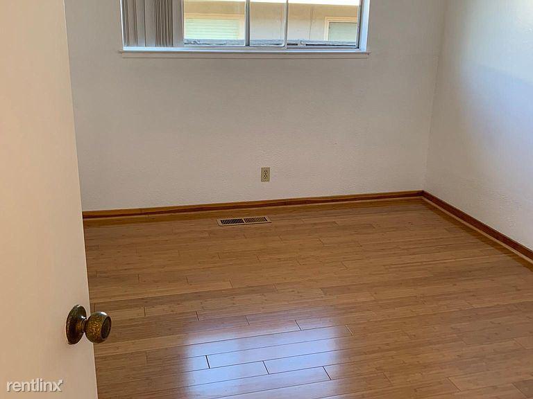 10454 Merriman Rd, Cupertino, CA - $2,950