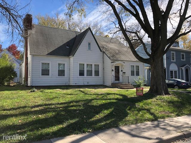410 Melrose Ct, Iowa City, IA - $3,300