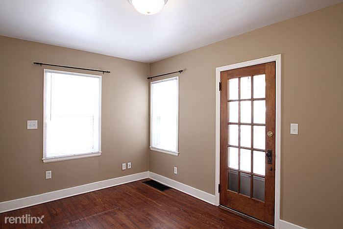215 Melrose Ct, Iowa City, IA - $1,995 USD/ month