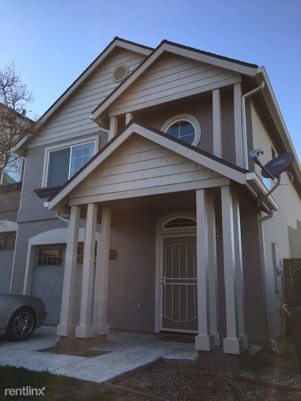 962 La Costa ln., Atascadero, CA - $2,700