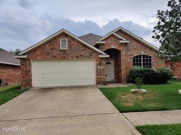 516 Marshall Court, Irving, TX - $2,230