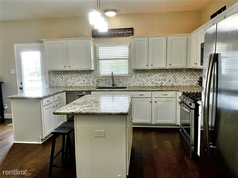9623 Gold Rush Springs Dr, Tomball, TX - $1,985