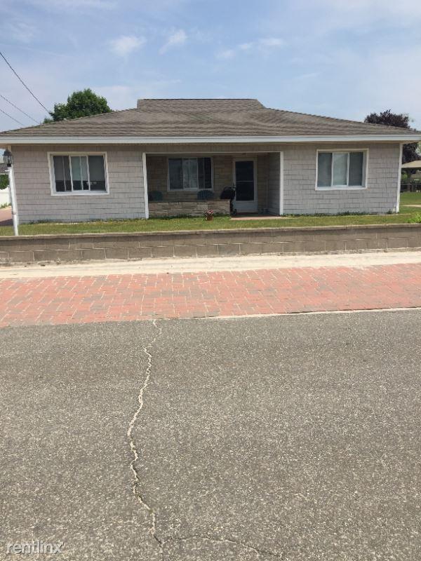 15 Belair Manor, Old Saybrook, CT - $2,650