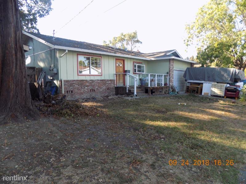 2423 Tamarisk Drive, Santa Rosa, CA - $750