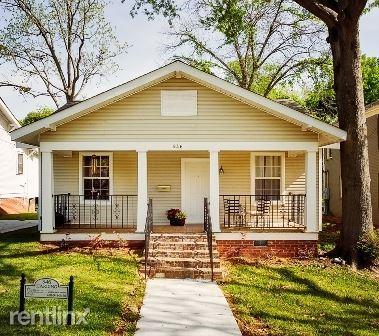 946 Harding St., Jackson, MS - $1,200