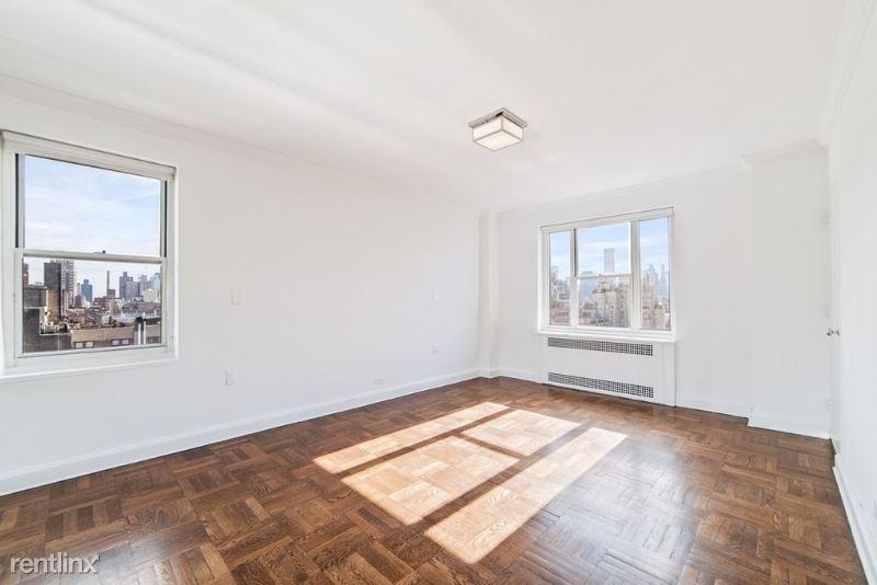 945 Fifth Ave, New York, NY - $12,500