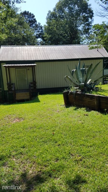 Sherwood Dr C, Lucedale, MS - $700