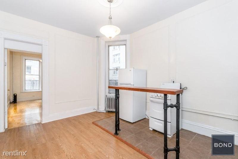 158 W 15th St 2a, New York, NY - $2,395