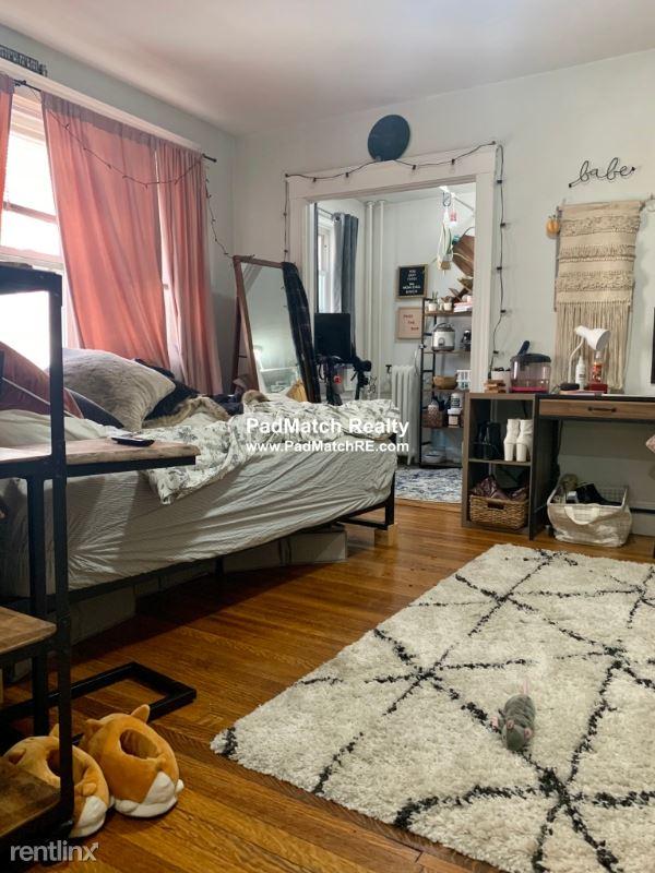 1615 Commonwealth Ave 12, Allston, MA - $1,575