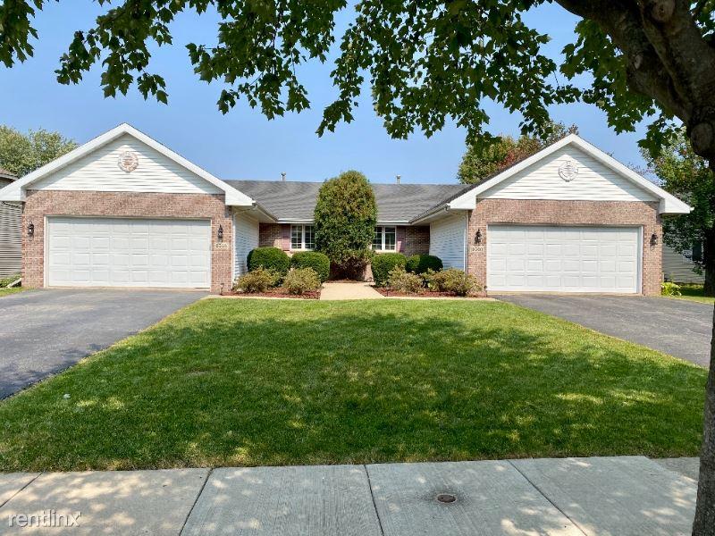 6558 Sawgrass Dr, Rockford, IL - $2,300