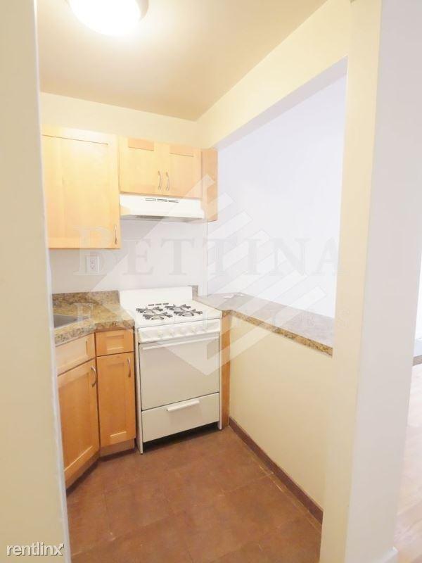 158 E 85th St, New York, NY - $2,054