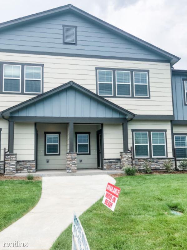 1692 Grand Ave 4, Windsor, CO - $2,250