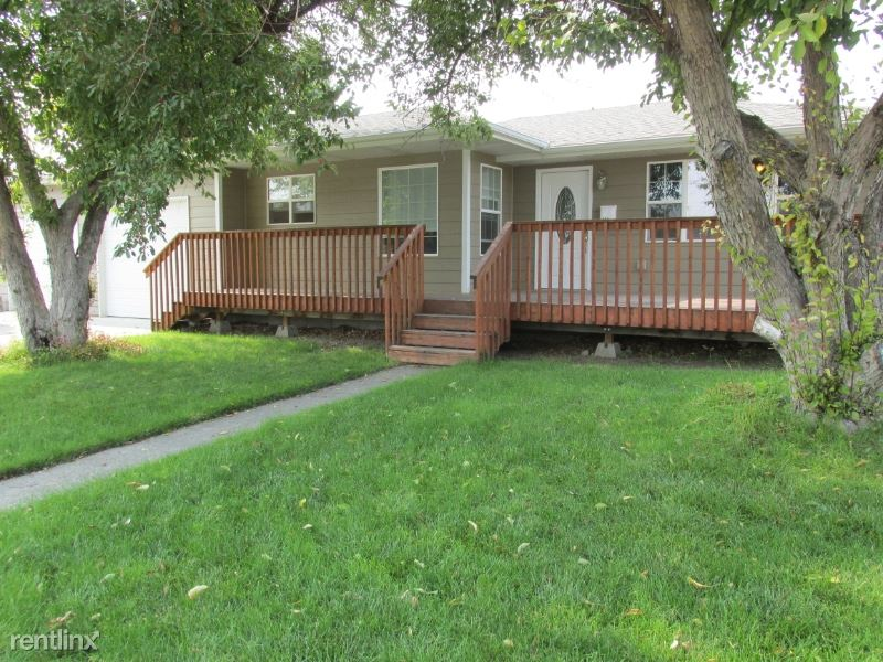 204 2nd St NW, Great Falls, MT - $1,800