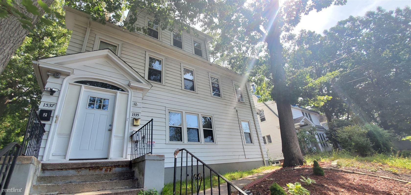 1535 Ella T Grasso Blvd, New Haven, CT - $1,350