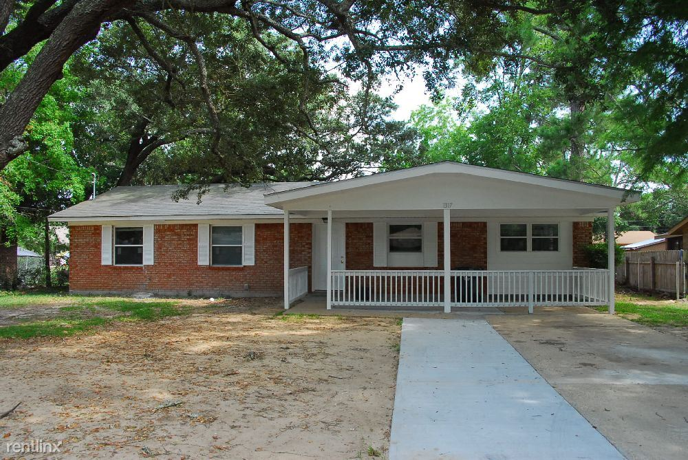1317 Pinecrest Ave, Gulfport, MS - $950