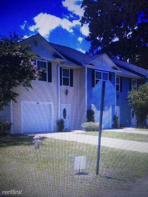 818  East Davis Ave, Kingsland, GA - $1,100