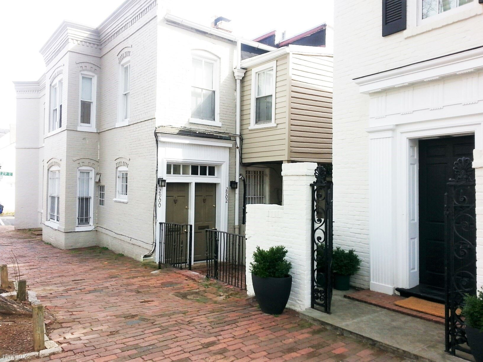 2900 Dumbarton St NW, Washington, DC - $2,870