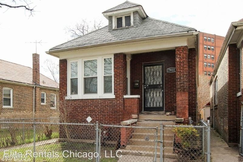 7922 E End Ave, Chicago Heights, IL - $1,500