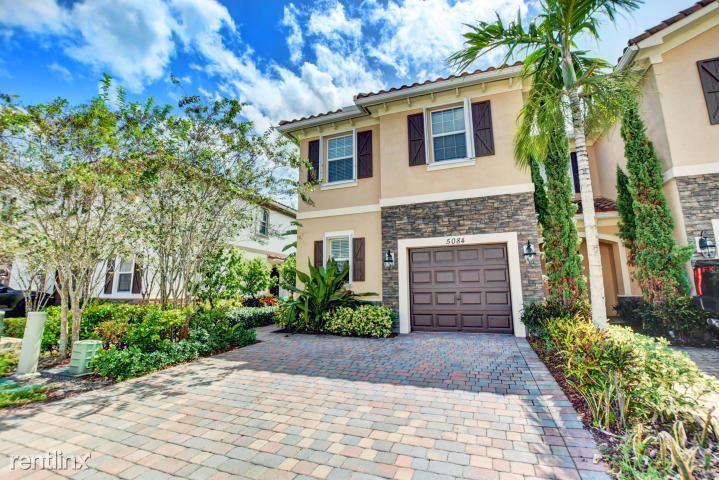 5084 Ashley River Rd, West Palm Beach, FL - $2,300