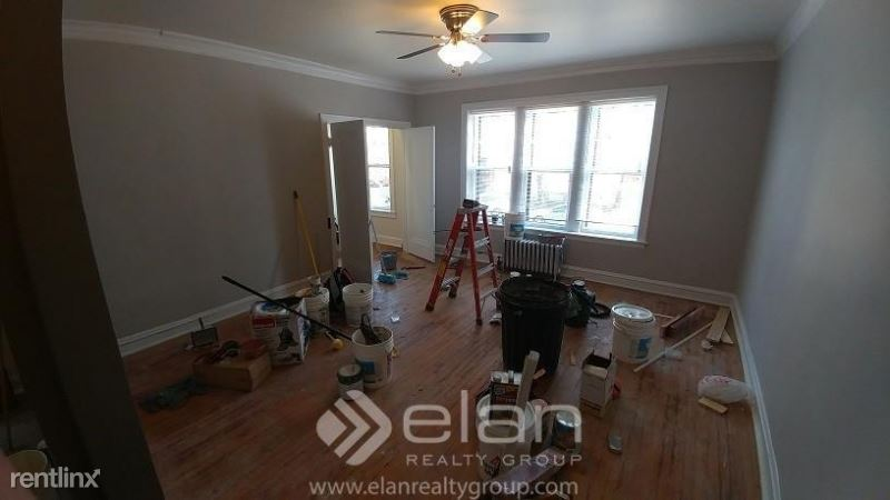 4588 N Elston Ave, Chicago, IL - $900