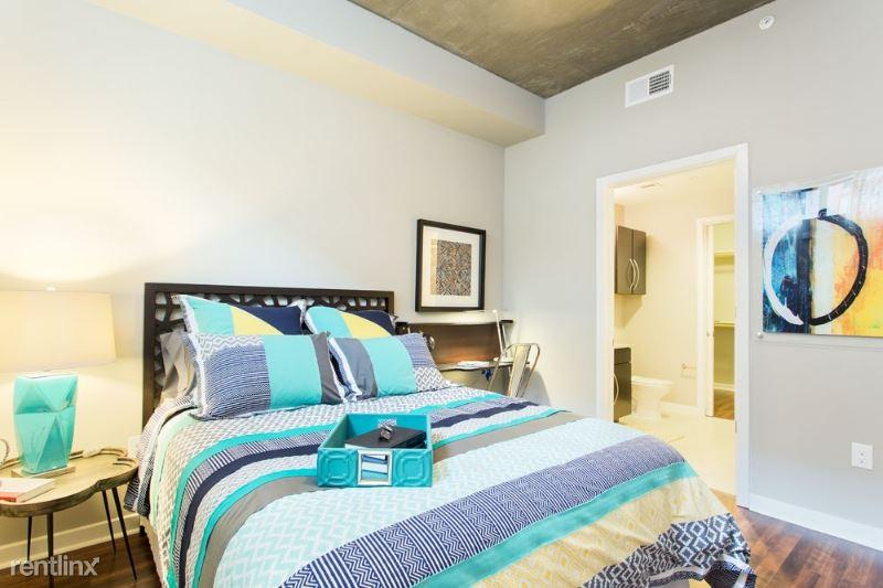 1720 Toomey Rd, Austin, TN - $2,475