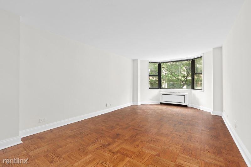 400 E 71st St, New York, NY - $2,375