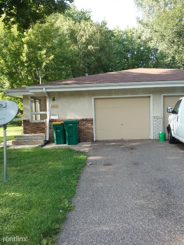 1807 41 St Ave north, Columbia Heights, MN - $1,650