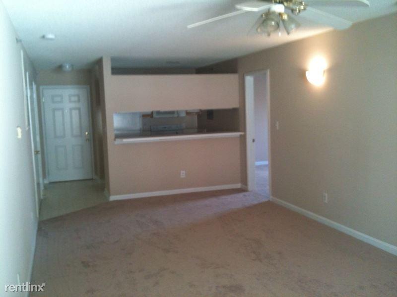 1500 Graduate Ln Apt 303, Raleigh, NC - $390 USD/ month