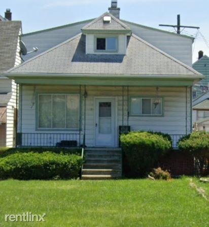 2654 Casmere St 2, Hamtramck, MI - $630