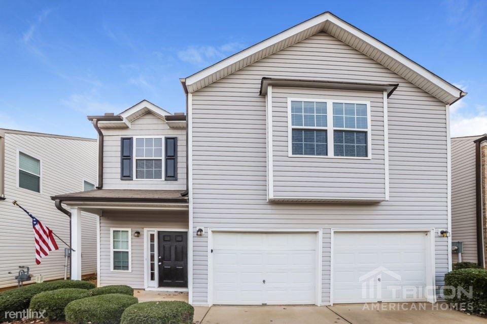 215 Arrowhead Drive, Dallas, GA - $1,600