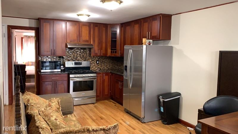 110-41 62AND AVE, Forest Hills, NY - $2,600