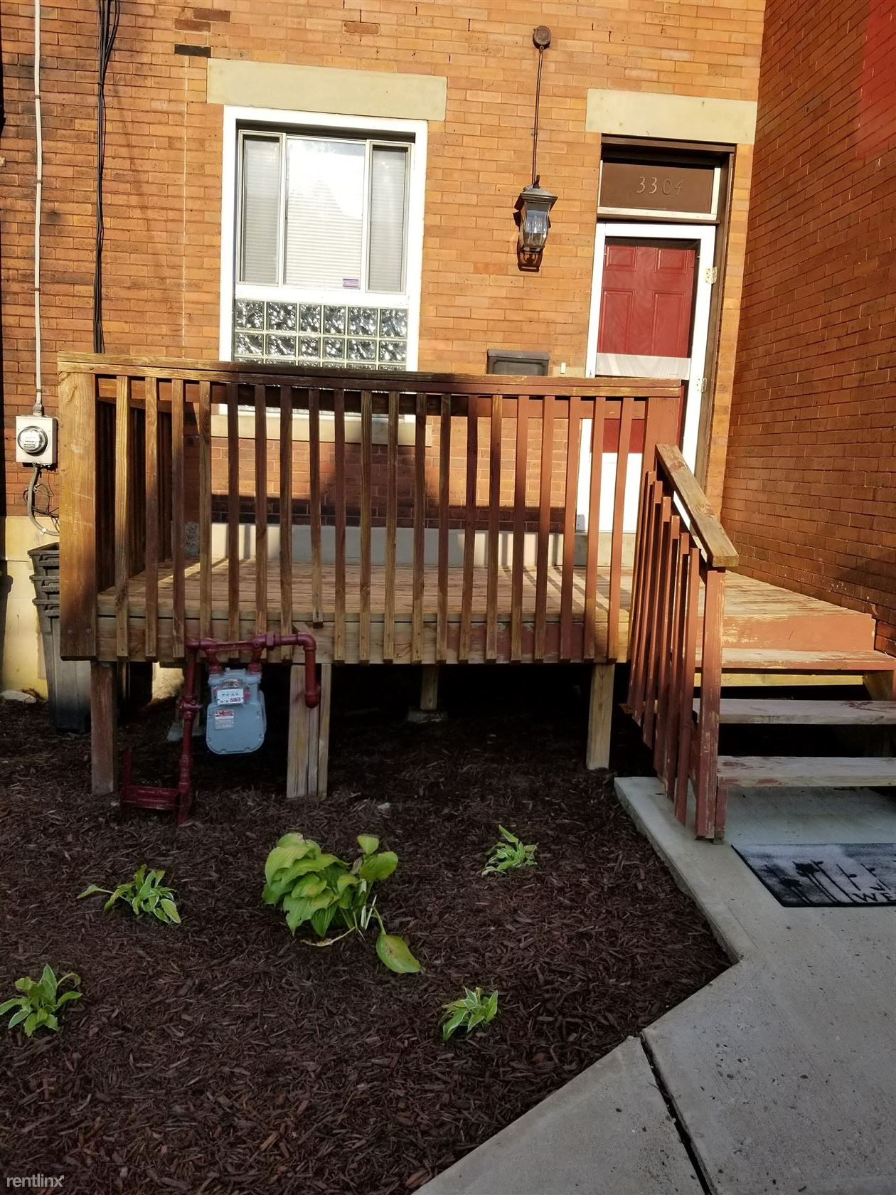 3304 Ward St, Pittsburgh, PA - $2,995 USD/ month
