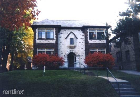 7208 Forsyth, Saint Louis, MO - $2,495