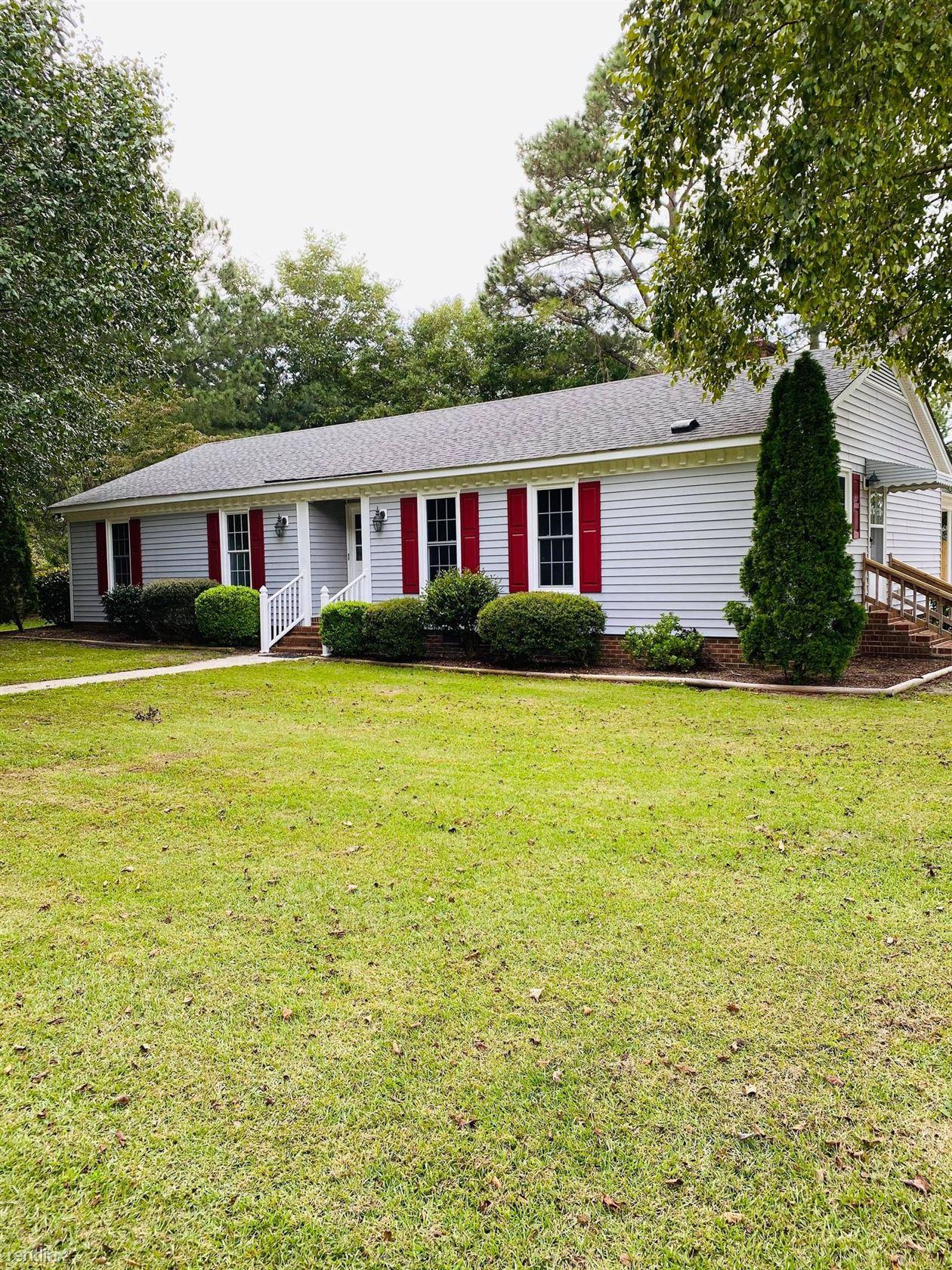 2411 Bluebird Ln, Greenville, NC - $1,425