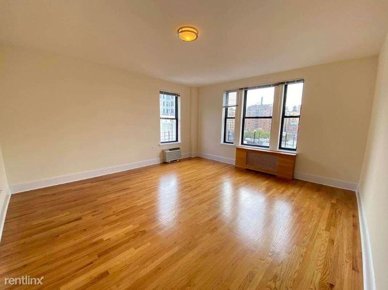 RIVERSIDE DR. / WEST 92ND STREET 9, Upper Westside, NY - $5,850