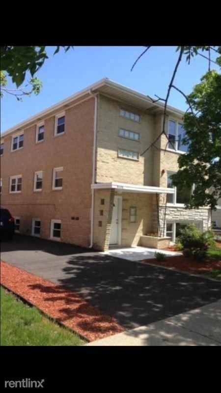 5172 W 87th St 2, Burbank, IL - $1,400