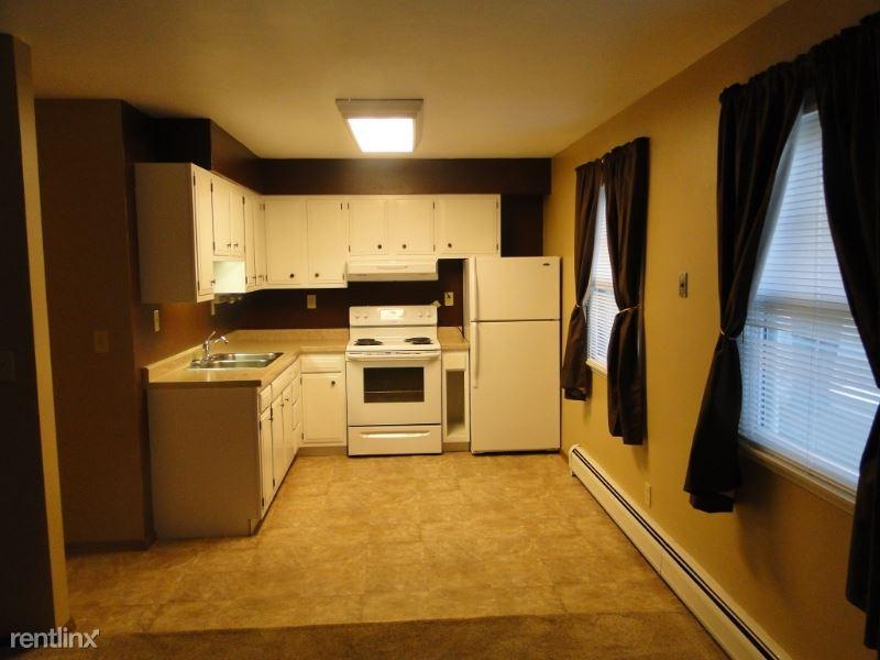 402 S 5th St. 5, Arlington, SD - $450