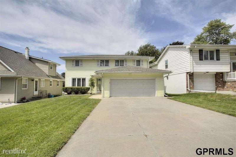 3742 S 48th St, Omaha, NE - $1,750