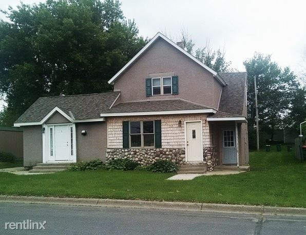 320 Pacific Ave East 3, Dassel, MN - $650