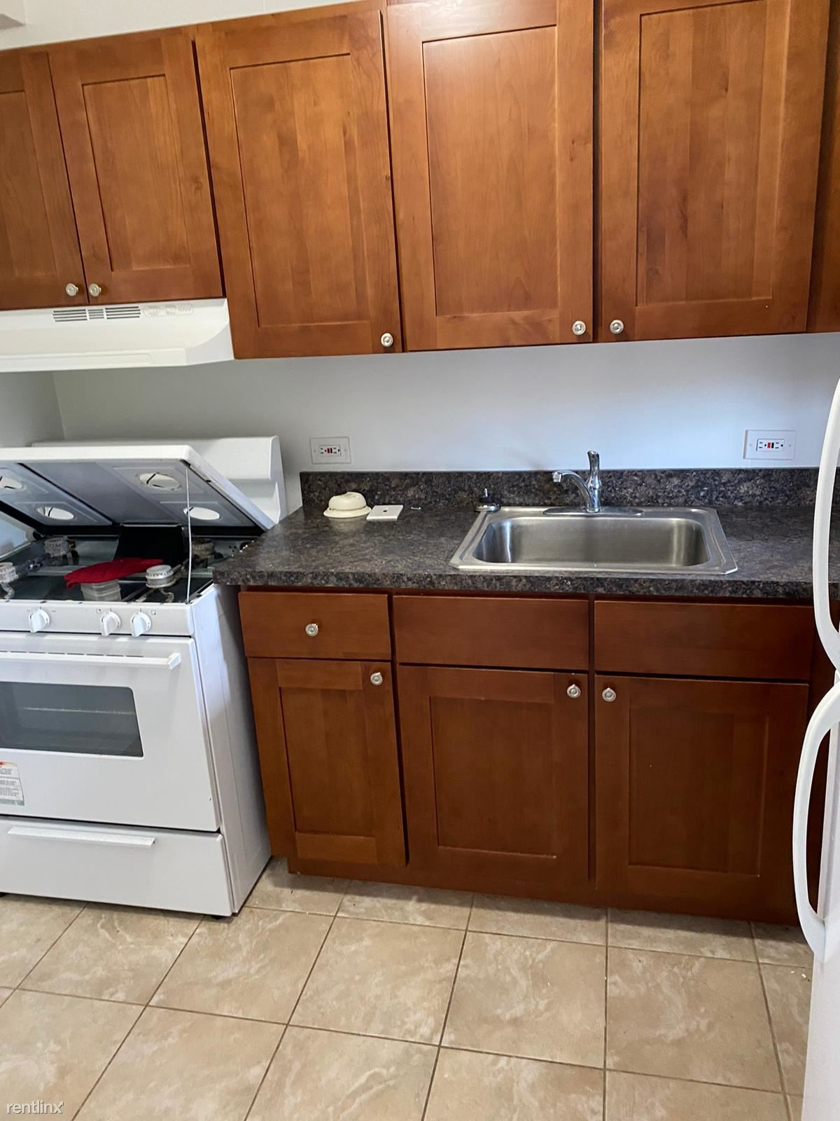 Amsterdam Avenue & west 177th Street, New York, NY - $1,525 USD/ month
