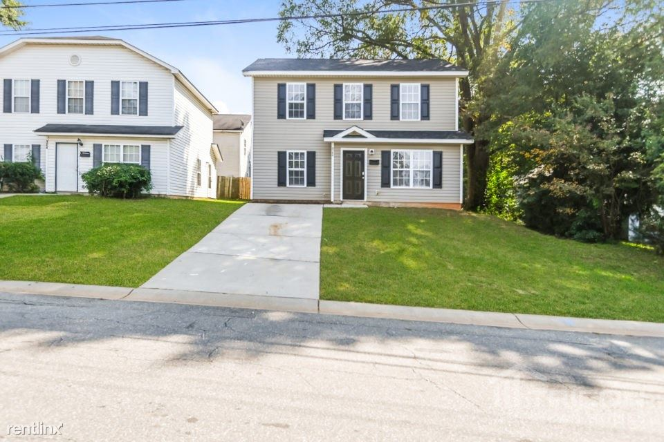 120 Honeywood Avenue, Charlotte, NC - $1,449